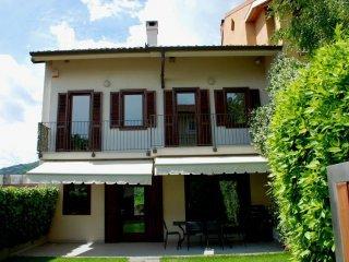 Foto 1 di Villetta via Mogna  20, Pecetto Torinese