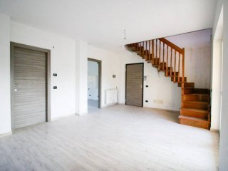 Foto 1 di Appartamento viale Ovidio 2, Gassino Torinese