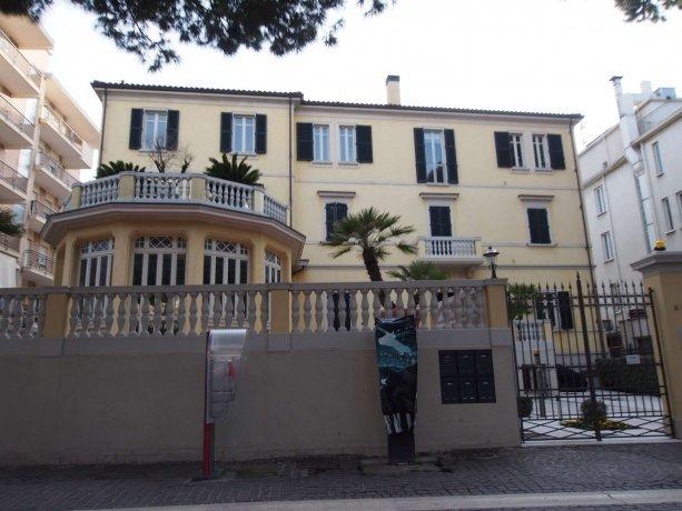 Foto 25 di Villa viale Vespucci 65, Rimini