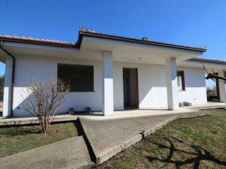 Foto 1 di Villa via alpignano 33, Givoletto