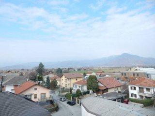 Foto 1 di Bilocale via Umberto I 77, Piscina