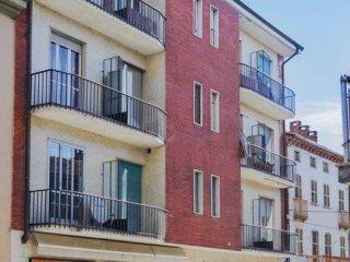 Foto 1 di Bilocale via Amaretti, Poirino