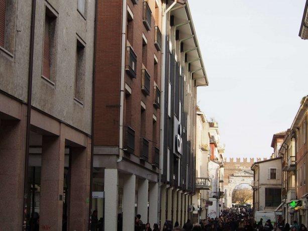 Foto 12 di Trilocale vicolo Gioia, Rimini