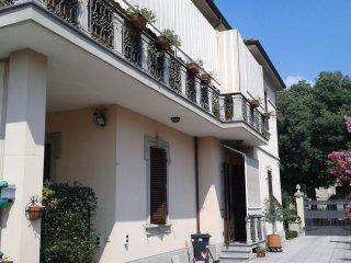 Foto 1 di Villa Tortona