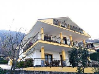 Foto 1 di Villa via Genova 4, Sangano
