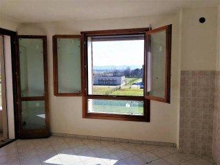 Foto 1 di Bilocale largo 9 Novembre, Sesto Fiorentino centro