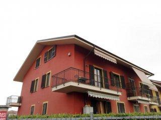 Foto 1 di Appartamento viale Santa Croce 1, Lombriasco