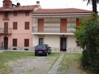 Foto 1 di Casa indipendente Montafia