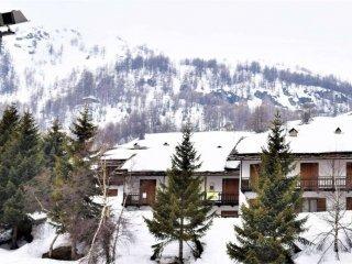Foto 1 di Trilocale via Del Colle, 32, frazione Borgata Sestriere, Sestriere