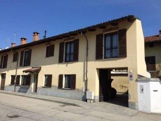 Foto 1 di Villa via Carlo Alberto 1, Riva Presso Chieri centro