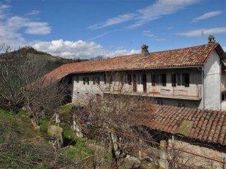 Foto 1 di Rustico / Casale via Borgonuovo a, Monchiero