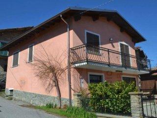 Foto 1 di Villa via Lautro 32, Lisio