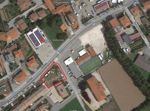 Margarita, terreno edificabile comodo alle scuole via Carlo Lovera di Maria