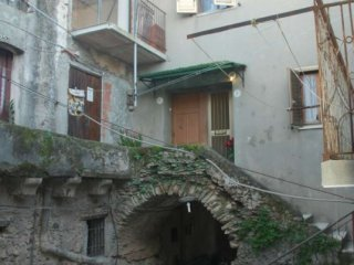Foto 1 di Trilocale via Indipendenza, Amaroni