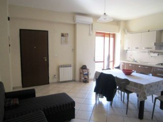 Foto 1 di Appartamento via Mario Paramati,  frazione Rossano Stazione, Rossano