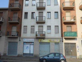 Foto 1 di Trilocale via Giosuè Borsi 87, Torino (zona Lucento, Vallette)