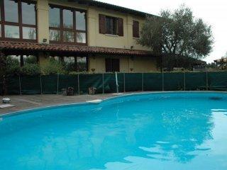 Foto 1 di Villa via degli Angeli, Zola Predosa