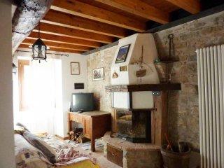Foto 1 di Casa indipendente via Castelnuovo, Monterenzio