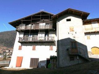 Foto 1 di Rustico / Casale Frazione Bivedo 5, frazione Bivedo, Bleggio Superiore