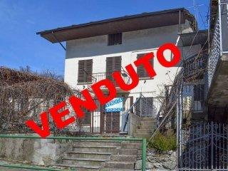 Foto 1 di Casa indipendente via Chambellier 147, Roure