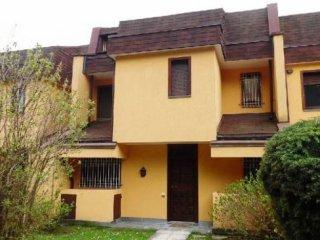 Foto 1 di Villa via Superga, 53, Baldissero Torinese centro