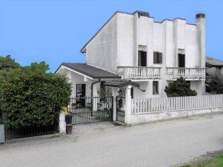 Foto 1 di Bilocale frazione Valentino, Verrua Savoia