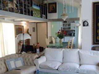 Foto 1 di Appartamento via Roncrio, Bologna (zona Colli)