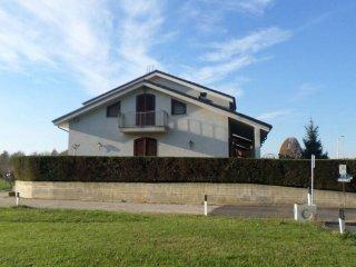 Foto 1 di Villa via Sant'Antonio da Padova, Montà