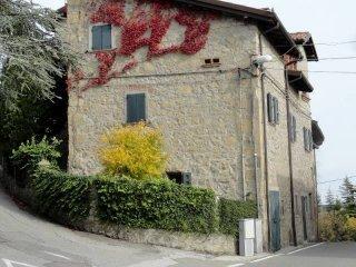 Foto 1 di Trilocale via della Guarda 8,  frazione Guarda, Loiano