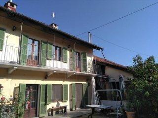 Foto 1 di Villa via San Lorenzo 27, frazione San Michele E Grato, Carmagnola