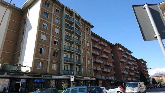 Foto 1 di Appartamento via Chambery 117, Aosta