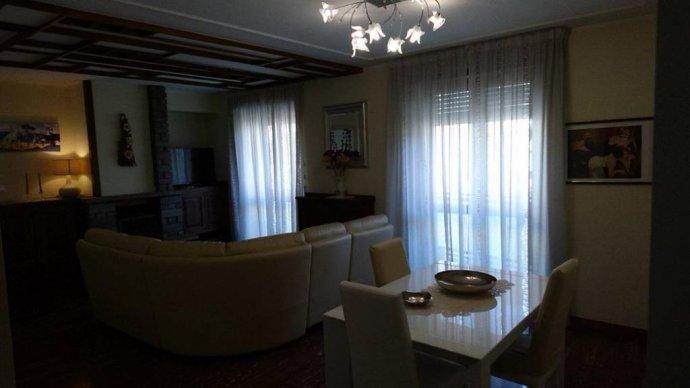 Foto 2 di Appartamento via Chambery 117, Aosta