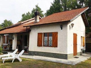 Foto 1 di Villa Località Giachi 13, Giusvalla
