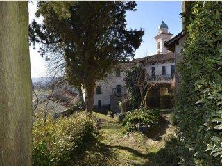 Foto 1 di Palazzo / Stabile via al Castello 5, Pareto