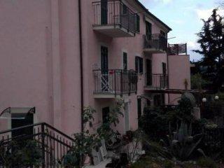 Foto 1 di Trilocale via San Dalmazio, Savona