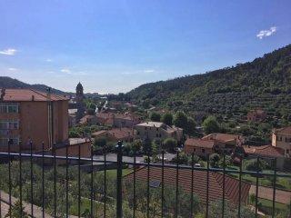 Foto 1 di Villa via Viarzo, Quiliano