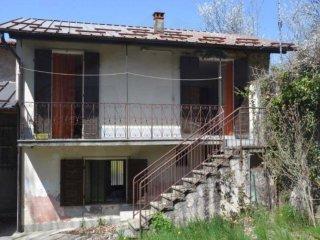 Foto 1 di Casa indipendente via al Borghetto, Garessio