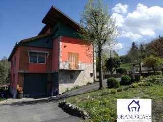 Foto 1 di Villa via Mezzana, Monteu Da Po
