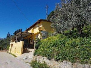 Foto 1 di Villa strada Pensabene, Monreale