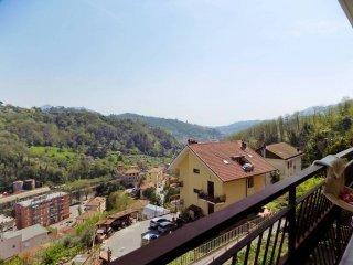 Foto 1 di Trilocale via Benedetto da Cesino, Genova (zona Pontedecimo)