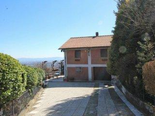 Foto 1 di Villa via MALANDRINO 41, Val Della Torre