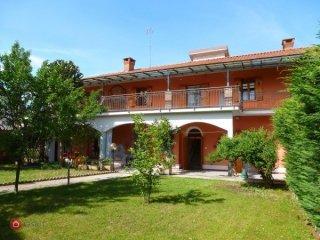 Foto 1 di Casa indipendente via cavour, Sant'albano Stura