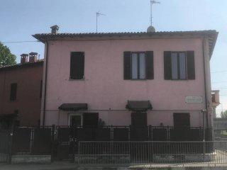 Foto 1 di Bilocale via Toscana, Parma