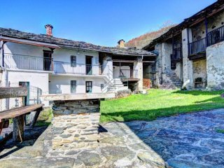 Foto 1 di Rustico / Casale Borgata Combe, Caprie