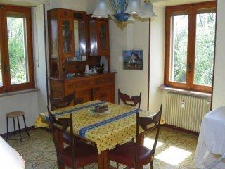 Foto 1 di Trilocale via Villafalletto, Busca