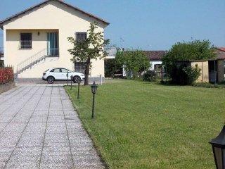 Foto 1 di Casa indipendente via MATTEOTTI, Bergamasco