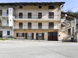 Foto 1 di Trilocale Frazione Calcinere Inferiore 2, Paesana