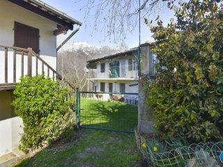 Foto 1 di Casa indipendente Borgata Chiabrotte, Paesana