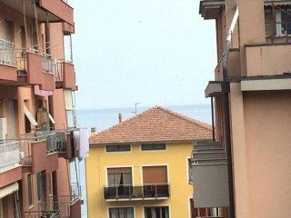 Foto 1 di Bilocale corso Italia 18, Pietra Ligure