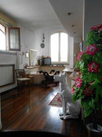 Foto 7 di Villa via Lago  14, Alice Castello